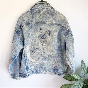 Vintage cat embossed acid washed denim jean jacket